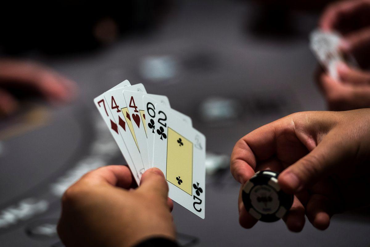 Play club poker